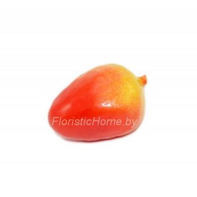 Клубника мелкая, d 2 см, красный-желтый