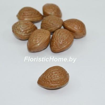 Косточка миндаля, d 3,5 см, светло-коричневый