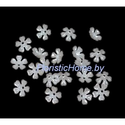 БУСИНКА, полубусина цветок 20 шт., d 1,5 см, , молочно-белый